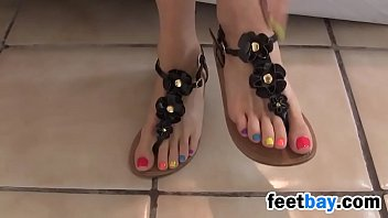 Teasing Her Bea utiful Toes Softcore tcore