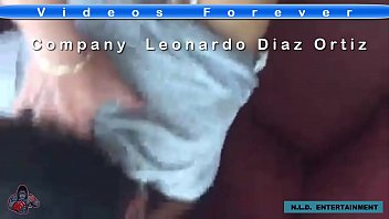 mientras su marido no est&aacute_ tanga blanca en leggins licras blancas Visita:VideosUltimateForever