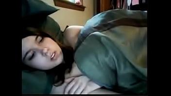 Webcam girl fingering her pussy