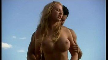 Alyssa milano naked photos