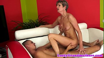 Pussyfucked mature spreads her legs open