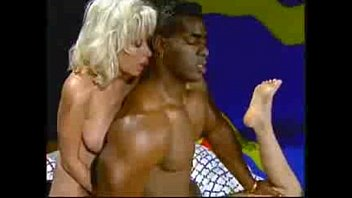 xxarxx Vintage Massage with a bodybuilderMore on REALMASSAGEHEAVENTK