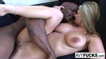 Streaming Video Busty Avy has another round of fun with Nat Turner - XLXX.video