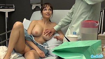 Public Sex in Hospital, Milf Flash BF Cumshot I Gave Him a Handjob and He Cums On My Tits