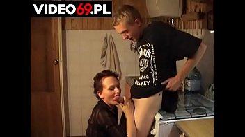 Streaming Video Polskie porno - Wizyta sąsiadki - XLXX.video