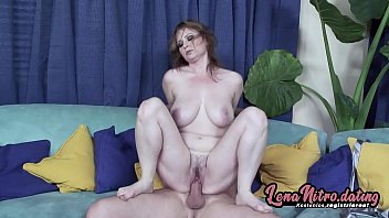 Streaming Video Redheaded MILF gets the pounding her hairy, wet cunt is desperately craving for! ▬ Get yourself a fuck date on lenanitro.dating! ►►► - XLXX.video