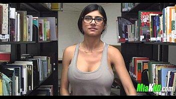 thumb Mia Khalifa Plays In The Library 4 92