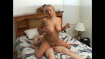 Descargar viemo sex Young lady pick up at the shop an gets fucked for money livre