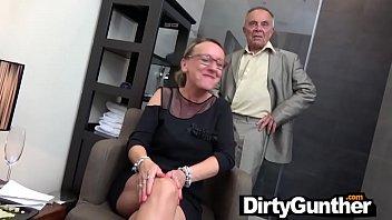 Porno 2020 In Grup Cu Mai Multe Curve Penale Dorite De Pula