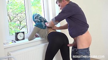 Muslim tenant gets discount in exchange for fuck hottest blowjob videos