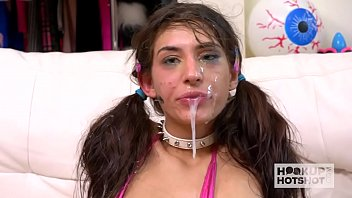 Streaming Video Skinny brunette babe Dana Wolf gets her throat and clit destroyed - XLXX.video