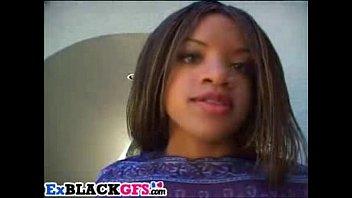 Download de vídeos pornôs Sweet ebony Tiana has fun with big dongs