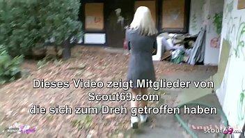3 Nerds duerfen geiles Deutsches Teen Anni Angel Draussen spontan ficken - German Foursome