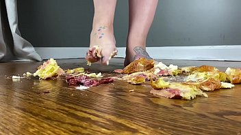 Frannie Feets Absolutely Crushes Pastries With Sexy Bare Feet
