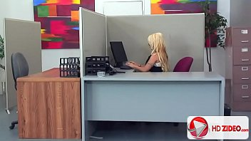 Holly Halston F ucks Better Than She Works  Po n She Works  Porn