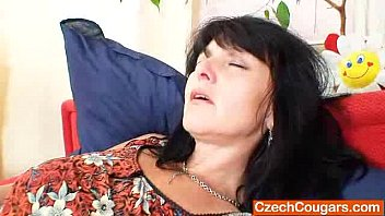 Charming mamma shows off her natural boobs and fuck hole