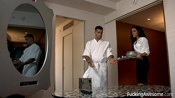 Receptionera Face Sex Cu Clientu In Camera De Hotel