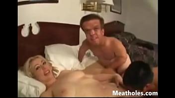 Porno Cu O Blonda Se Fute Cu Doi Pitici Porno Xxl