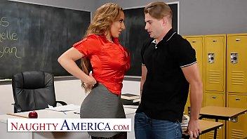 Naughty America    Richelle Ryan Fucks Her Col n Fucks Her College Student
