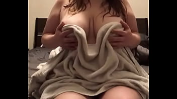 chubby girl with big natural tits