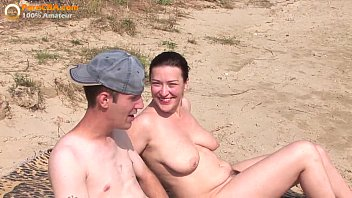 thumb Real Amateur Threesome On The Beach