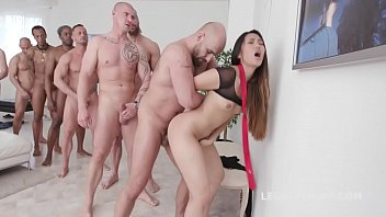 Streaming Video Asian Slut May Thai Gets Facialized in 10on1 Gangbang - XLXX.video