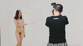 Photoshot with nude girl