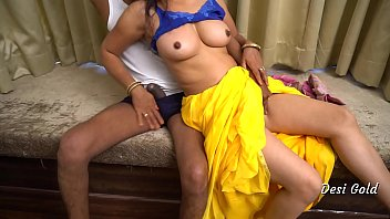 Free download video sex 2020 Indian Housewife Fuck By Neighbour Uncle Mp4