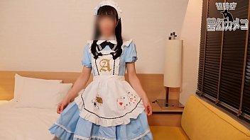 ロリの女子大生コスプレイヤーの、ハメ撮り無料H動画!【女子大生、コスプレイヤー、素人動画】