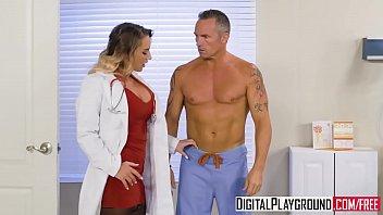 Aceasta Doctorita Sexoasa Vrea Sa Se Futa Delicat Cu Pacientul