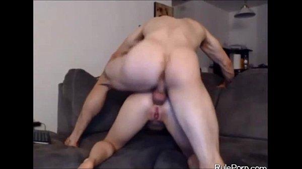 Порно девчонки трахают парней реально