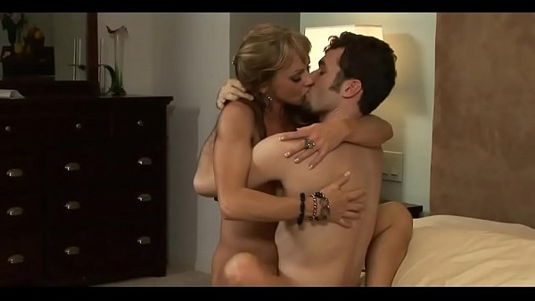 Image Mature Hot Mom With Young Man in Bedroom