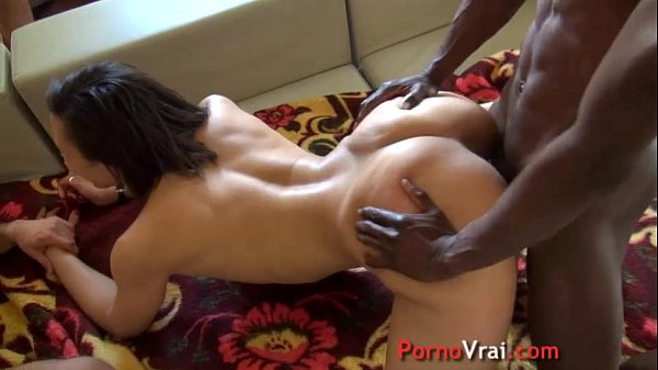 Arab girl married fucked by big dicks!! French amateur