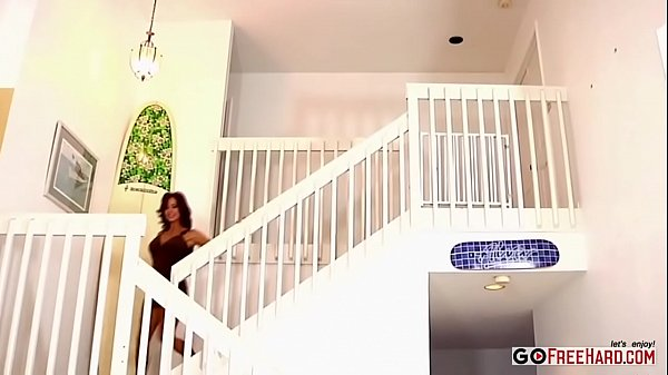 Tan Tara Holiday Gets Covered In Thick White Jizz