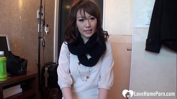 หนังโป๊ญี่ปุ่นเลียหีสาวแนะนำขายตัว ติ้วหี หุ่นอย่างเด็ดหีชมพูน่าจับทำเมียมากๆเย็ดไม่ใส่ถุงเกือบแตกใน