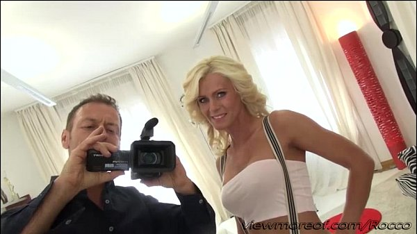 Director Rocco fucks his new blonde chick Dyana Hot in his couch  thumbnail