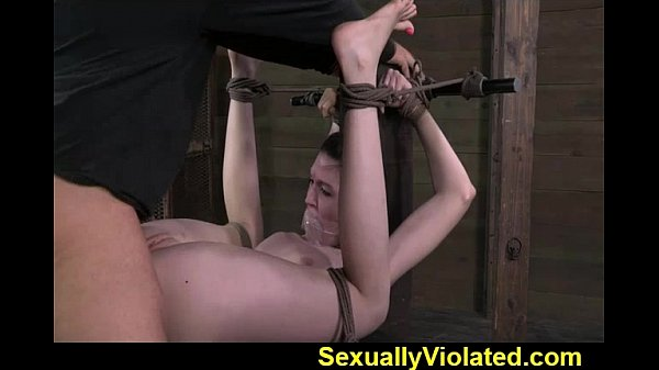 Southern Belle Alana gets submitted