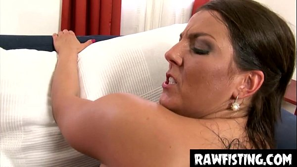 elbow deep pussy fisting babes