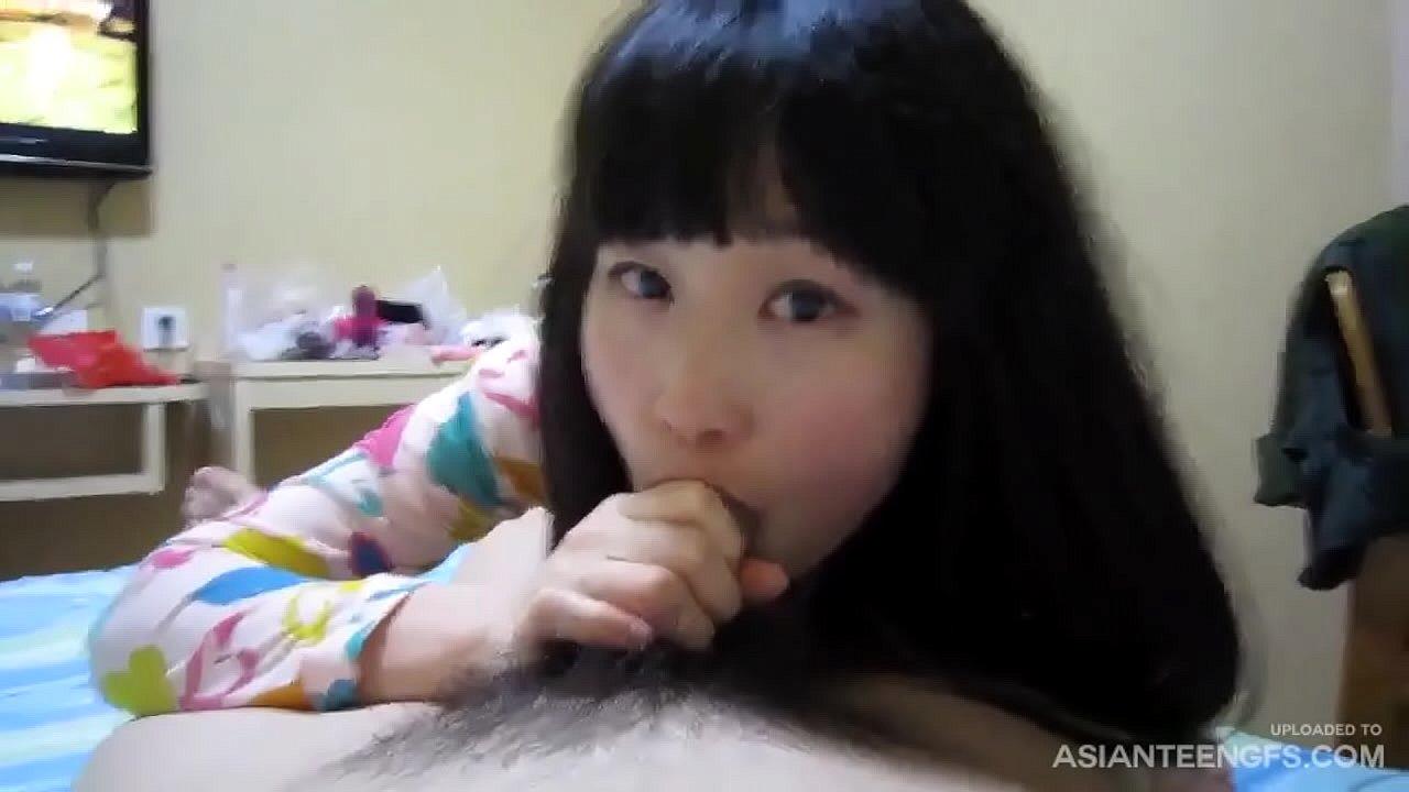 现实生活中的中国夫妇偷拍的自制性爱录像带