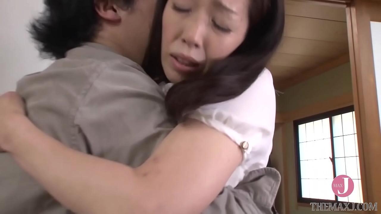 引きこもりの弟を更生させたカリスマ熟女カウンセラー [SPRD-813]