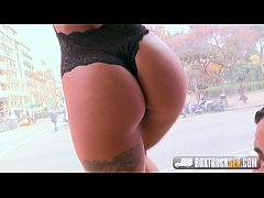 Hot Susy Gala Shows off her Workout Routine whi...