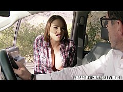 Play full 3GP - Brazzers - Sexy Hitchhiker Krissy Lynn gets pounded