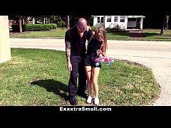 ExxxtraSmall - Tiny Skater Teen (Kaylee Jewel) ...