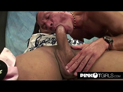 Young, Wonderful and with a monster cock: Carolina