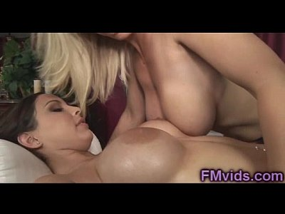 Devon Lee lesbian massage