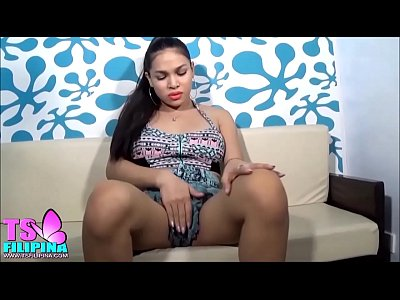 TS Filipina So Hot Shemale In Slutty Short