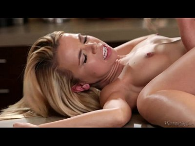 Big titted Mommy Cherie DeVille and Alina West