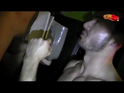 las folladas del boyberry (porno español)