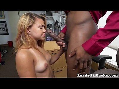 Latina babe fucked at casting by black agent