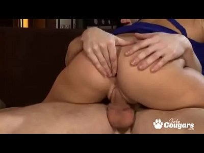 Sexy Marry Queen Analized By Nice Thick Dick